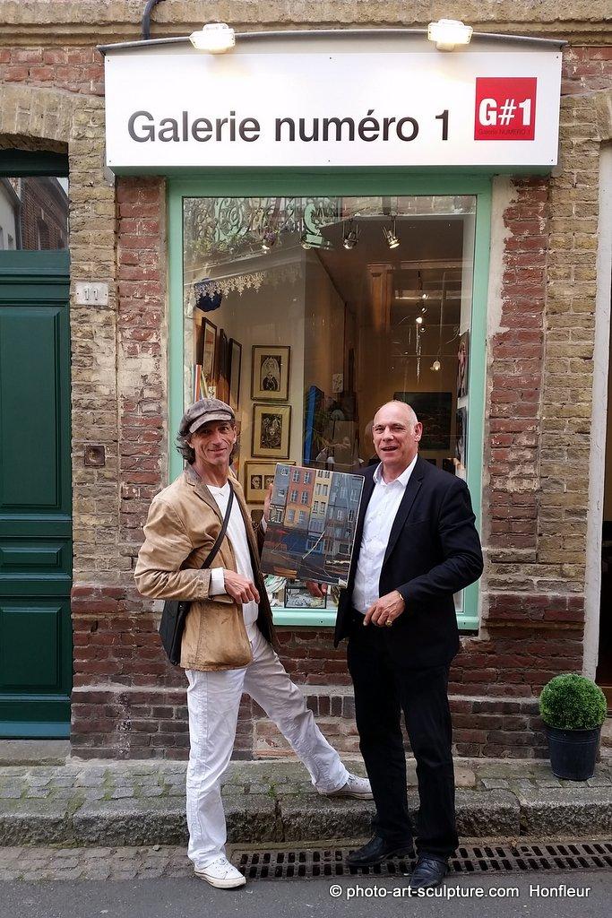 Les artistes visitent Galerie Numéro 1 Honfleur